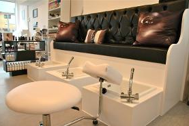 Videos give you a chance to show the great facilities at your salon